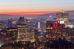 Alvorecer sobre a skyline de Montreal Imagens de Stock