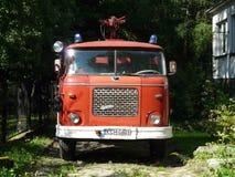 ALWERNIA около Cracow-исторического захолустного камина автомобиля стоковые фотографии rf