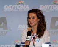Alyssa Milano Attends NASCAR cola noll 400 royaltyfri bild