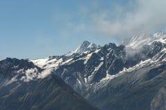Alza en las montañas suizas - Reuti, Hasliberg del verano Imagenes de archivo
