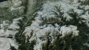 Alza le montagne verticalmente fra l'oceano con pioggia illustrazione di stock