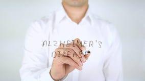 Alzheimerkrankheit, Mann-Schreiben auf dem Glas, handgeschrieben lizenzfreie stockfotos