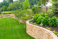Aménagement naturel dans le jardin Image libre de droits