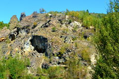 Aménagez en parc dans le village Rosia Montana - vieille mine d'or romaine Rosia Montana, la Transylvanie Photo libre de droits