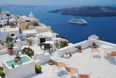 Aménagez la vue en parc dans Santorini Image stock