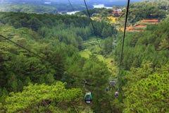 Aménagez la vue en parc du funiculaire de Dalat, en route de Robin Hill à Truc Lam Monastery Chua Truc Lam, chez Robin Hill, Dala photographie stock libre de droits