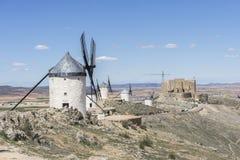 Aménagez les moulins à vent en parc de Consuegra à Toledo, Espagne Ils ont servi t Images libres de droits