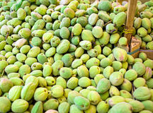 Amêndoas verdes frescas Fotos de Stock