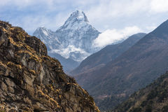 Ama Dabalm mountain peak between the way to Pangboche village, E Stock Photography