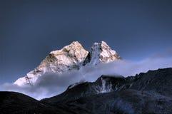 ama dablam喜马拉雅山山尼泊尔 库存图片