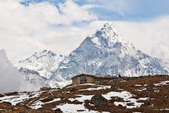 Ama Dablam峰顶在Sagarmatha,尼泊尔 免版税库存照片