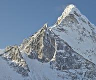 Ama Dablam, βουνά του Ιμαλαίαυ στο Νεπάλ. Στοκ Φωτογραφία
