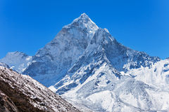 Ama Dablam, Гималаи стоковые изображения