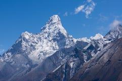 Ama Dablam halny szczyt, ikonowy szczyt Everest trekking trasa, Obrazy Royalty Free