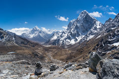 Ama Dablam halny szczyt przy Chola przepustką, Everest region Fotografia Stock
