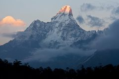 Ama Dablam peak in Nepal Himalaya Royalty Free Stock Photos