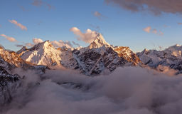 Ama Dablam Peak Sunset Image libre de droits