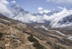 Ama Dablam szczyt i Pheriche dolina himalaje Zdjęcia Royalty Free