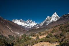 Amadablam maximum i den Khumbu dalen i Nepal, Himalayas Royaltyfri Fotografi