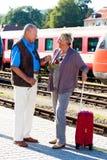 Amadureça pares envelhecidos em Imagens de Stock