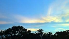 Amagingsmening van hemel bij avond in Bangladesh Stock Foto