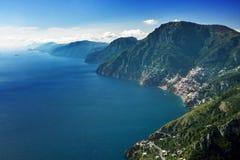 Amalfi-Küste von oben lizenzfreie stockfotos