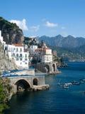 Amalfi-Küstenlinie in Italien Stockfotos