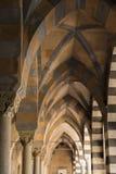 Amalfi-Kathedralen-Bögen Stockfoto