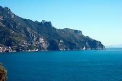 Amalfi kusthalvö Royaltyfri Fotografi