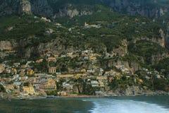 Amalfi kustpanorama Arkivbild