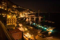 Amalfi la nuit photo stock