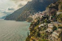 Amalfi - positano morze śródziemnomorskie brzegowy soutn Italy jeden najwięcej popularnego podróżnego miejsce przeznaczenia zdjęcie royalty free