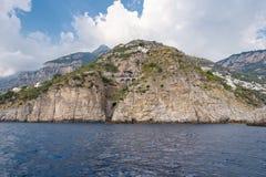 Amalfi wybrzeże widzieć od morza Zdjęcia Stock