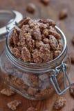 Amande et noix de pécan glacées photos libres de droits
