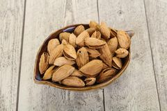 Amandes non ?pluch?es nuts photographie stock