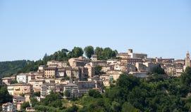 Amandola (mars, l'Italie) - vieille ville Photos stock