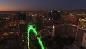 Amanecer aéreo de la tira del paisaje urbano de Las Vegas almacen de metraje de vídeo