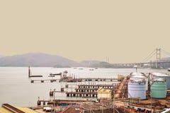 Amanecer del suburbio de Hong Kong poco antes imagen de archivo libre de regalías