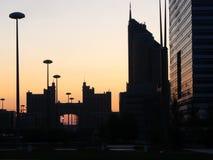 Amanecer en ciudad Foto de archivo libre de regalías