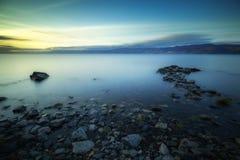 Amanecer en el lago Baikal Foto de archivo libre de regalías
