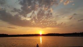 Amanecer en el lago Tegel de Berlín Foto de archivo