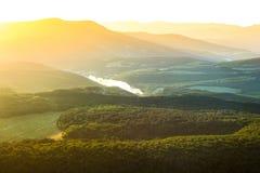 Amanecer en las montañas Imagen de archivo