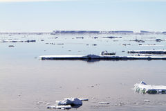 Amanecer en sonido antártico Imagen de archivo libre de regalías