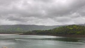 Amanecer por el lago del tapola Foto de archivo