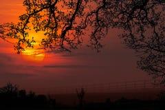 Amanecer - salida del sol - North Yorkshire - Inglaterra fotografía de archivo