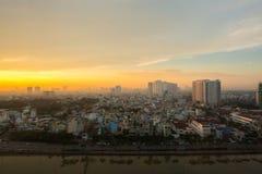 Amanecer sobre la ciudad de Ho Chi Minh Foto de archivo