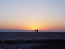 Amanezca en el EL Jerid de Chott del lago de sal Imagenes de archivo