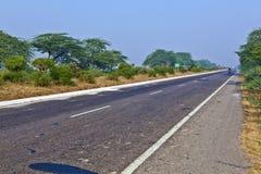 Amanhecer da estrada na Índia foto de stock