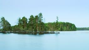 Amanhecer em um lago Fotos de Stock