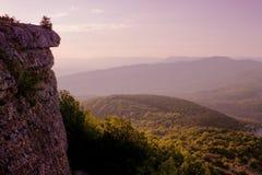 Amanhecer nas montanhas Fotos de Stock